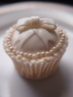 Ultimate Vanilla Cupcake Recipe