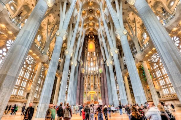 Gaudi - Interior Sagrada Familia