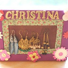 SweetPrints: Making Your Own Earring Holder