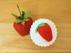 Fondant Strawberry Topper