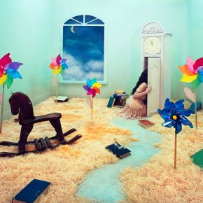 Stage of Mind: The Surreal World of Jee-Young Lee